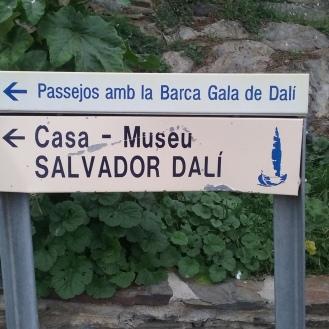 Casa-Museo de Dalí en Portlligat. Estaba todo cerrado. Tenía un huevo en el techo como los del Museo de Dalí en Figueres.